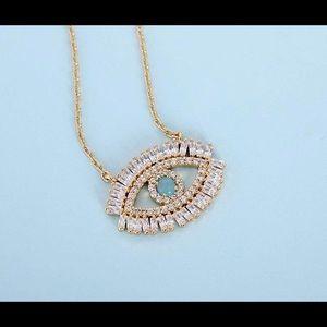 Jewelry - Eye necklace